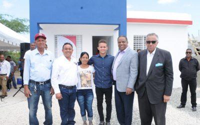 Gimnasta Nin Reyes agradece  al presidente Medina por casa