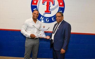 Danilo Díaz dice en Texas que Adrian Beltré es orgullo de todos los dominicanos