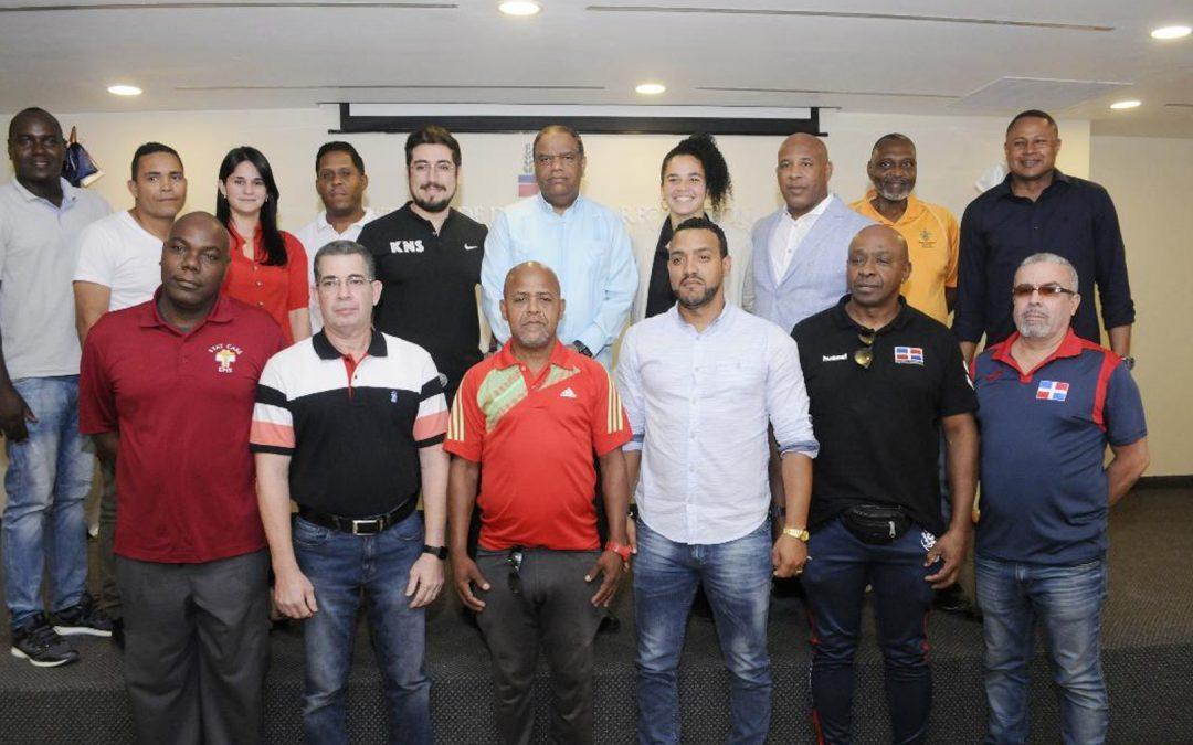 Danilo Díaz presenta dos empresas darán soporte a atletas para JJ. OO.