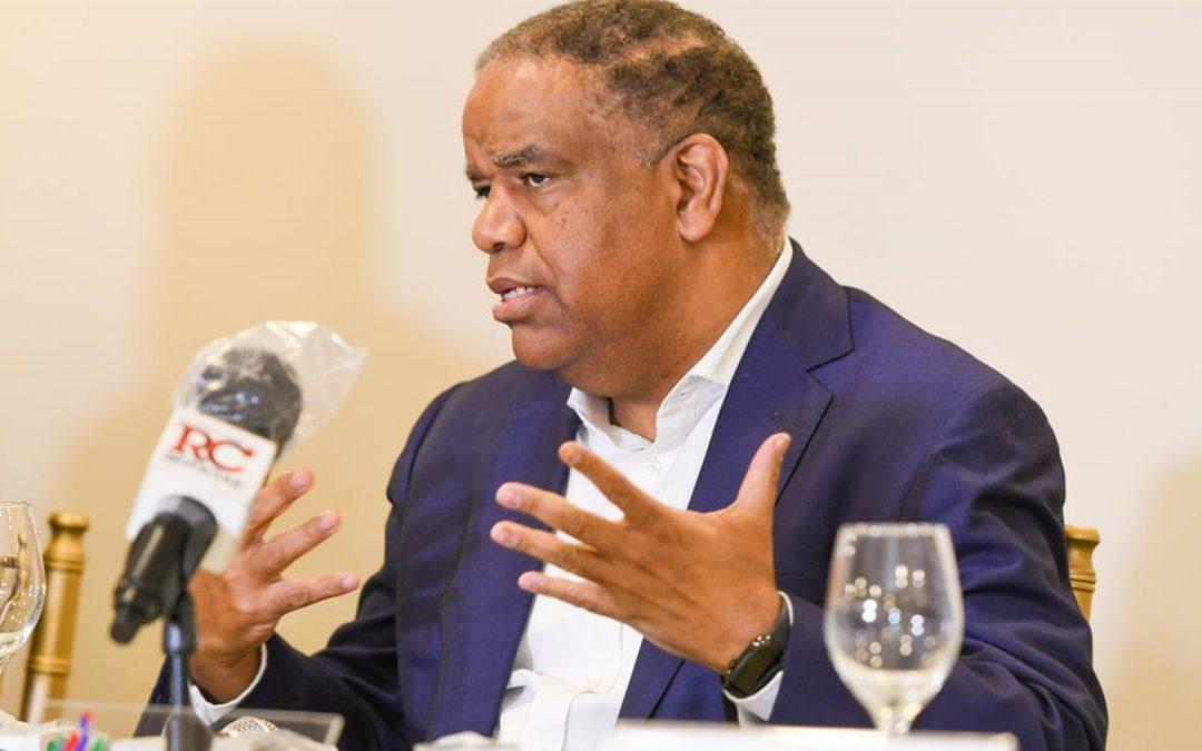 Danilo Díaz recuerda prohibicióna las actividades deportivas