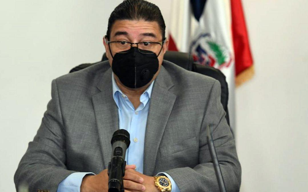 Ministro Camacho envía mensaje  de unidad en el Día del Deporte