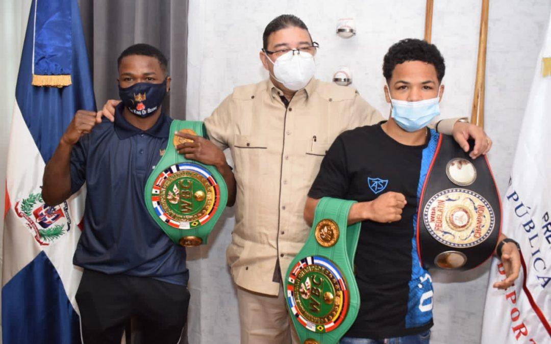 Camacho recibe a los campeones regionales de boxeo Erick Rosa y Geraldo Pérez