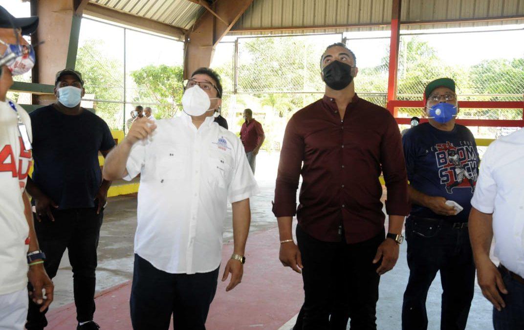 Miderec instalará tabloncillo en multiuso y reparará estadios de béisbol y sóftbol en Las Matas de Santa Cruz