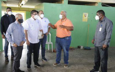 Promete un nuevo tabloncillo Camacho anuncia la remodelación del bajo techo de Bonao