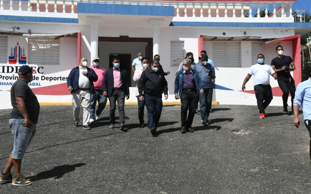 Camacho realiza amplio recorrido por el Cibao para constatar avance en múltiples instalaciones