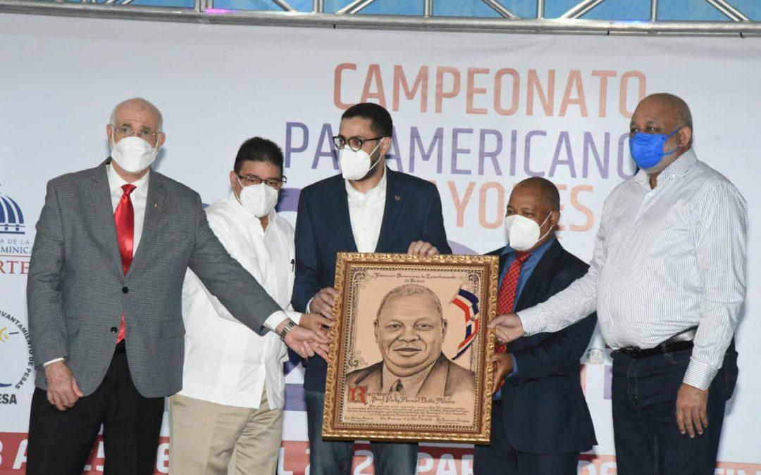 Gran inauguración del Campeonato Preolímpico de Pesas; Francisco Camacho exhorta a los atletas a representar dignamente sus naciones