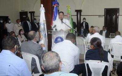Ministro Camacho anuncia construcción de polideportivo en municipio de Peralvillo
