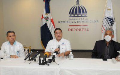 Ministro Francisco Camacho anuncia plan Deportes Gratuito durante las vacaciones